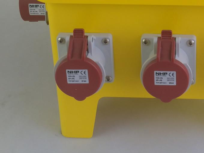 Mobile Temporary Distribution Board , EN60439 4 Portable Power Distribution Panels