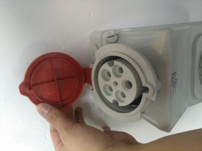 Electrical 32Amps 5 Pin Industrial Socket , Industrial Socket Plug Connector